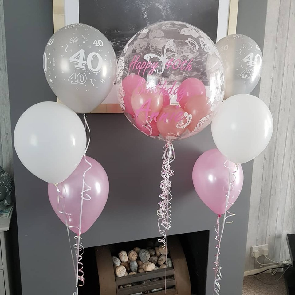 personalised bubble balloons and 2 times 3 balloon clusers
